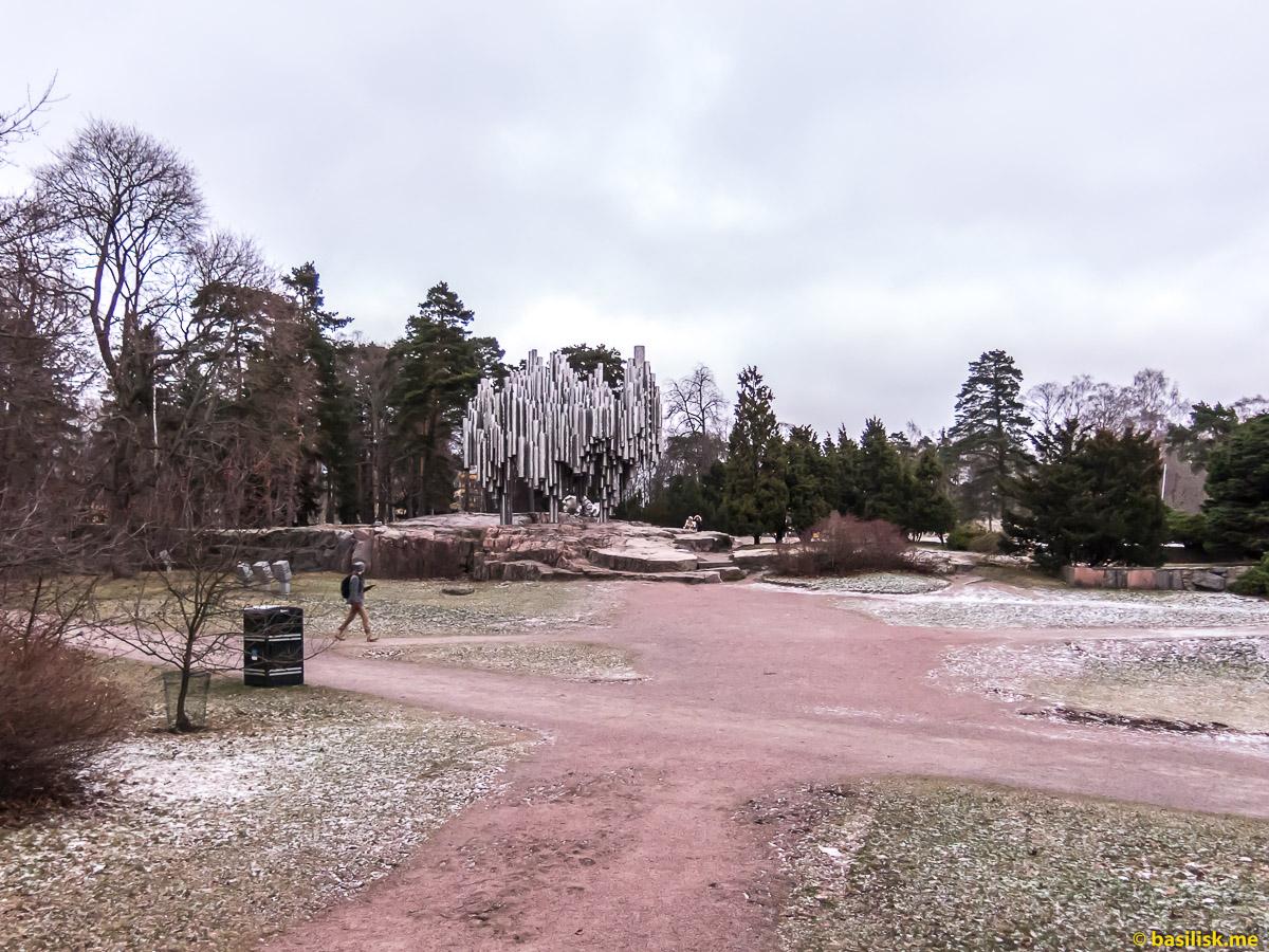 Памятник композитору Сибелиусу Sibelius-monumentti Helsinki. Хельсинки. Январь 2018