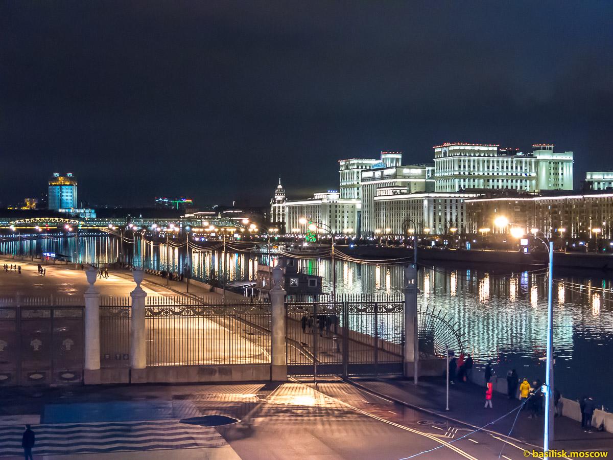 Новый год на Крымском мосту. Москва. 31 декабря 2017