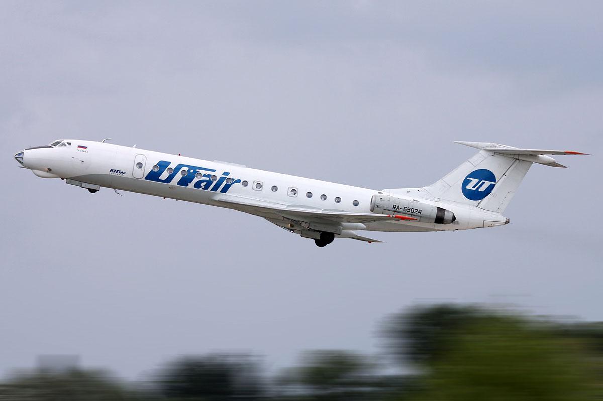 ra-65024-utair-aviation-tupolev-tu-134.jpg