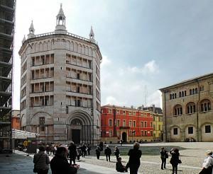 800px-Battistero_(Parma)