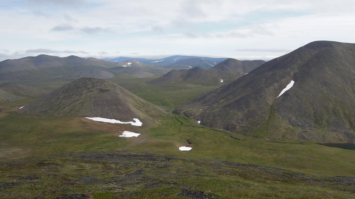 в сторону ушканьих гор