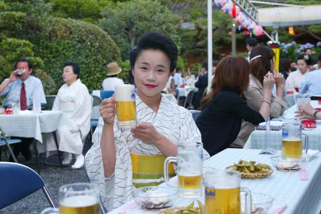 Kamishichiken-beer-garden