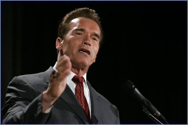 Arnold-Schwarzenegger_politika