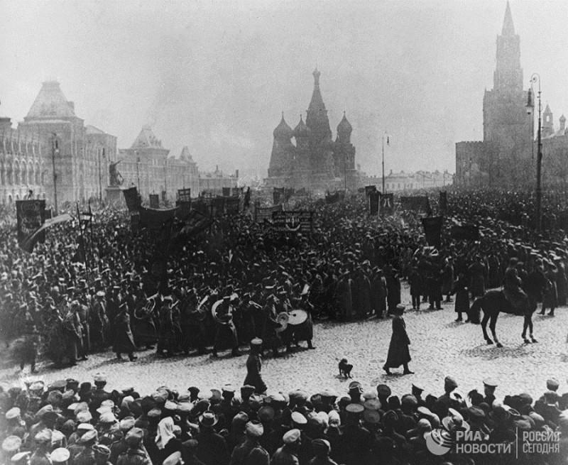 Демонстрации в 1917 году 05.jpg