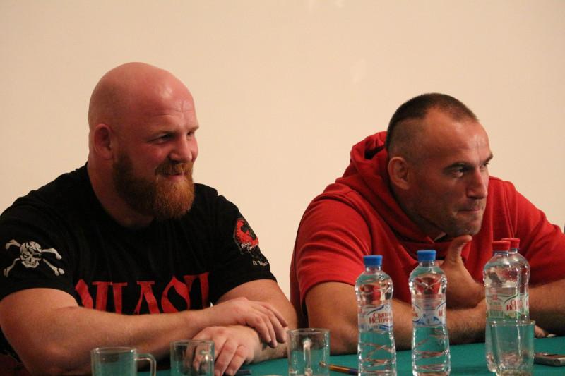 Православные активисты Сорок Сороков.jpg