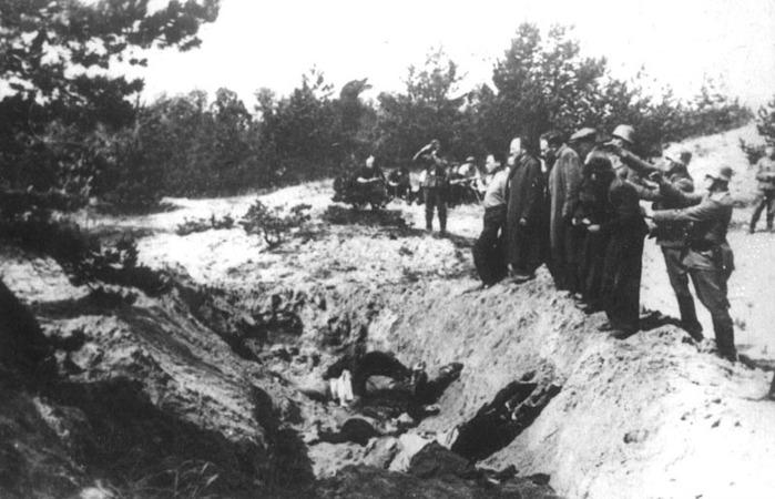 ВОВ расстрел нацистами гражданских