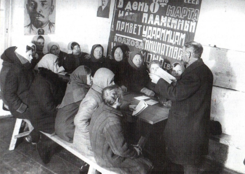 Женщины-немки-в-школе-ликбеза.-1933-г.-РГАКФД-1280x912.jpg