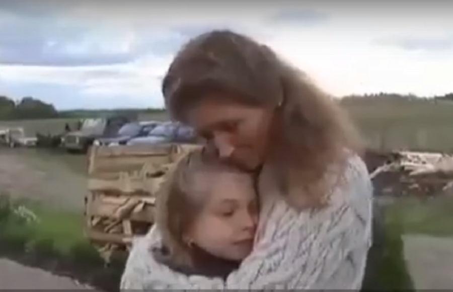 Антония и мама.jpg
