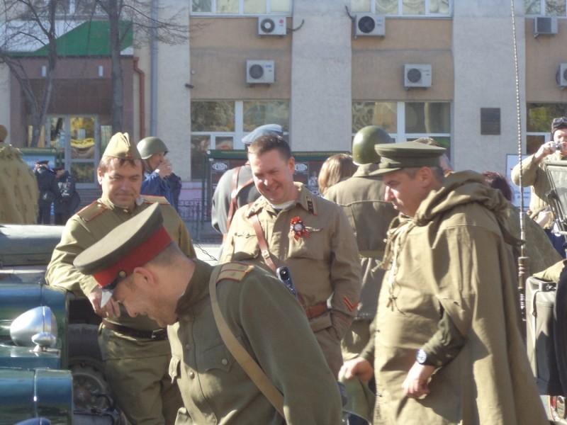 0002 подготовка ретро парада Екатеринбург.JPG