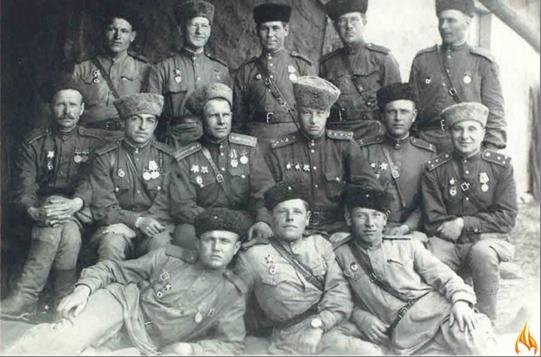 Экспозиция музея посвящена формированию 4-й гвардейской мозырьской кавалерийской дивизии, ее боевому пути