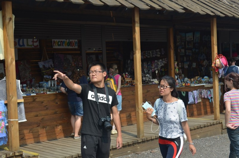 Суздаль 09 туристы.JPG