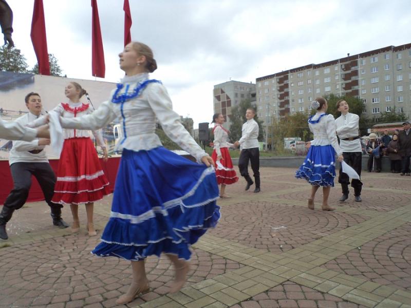 Танцевальная группа 003.JPG