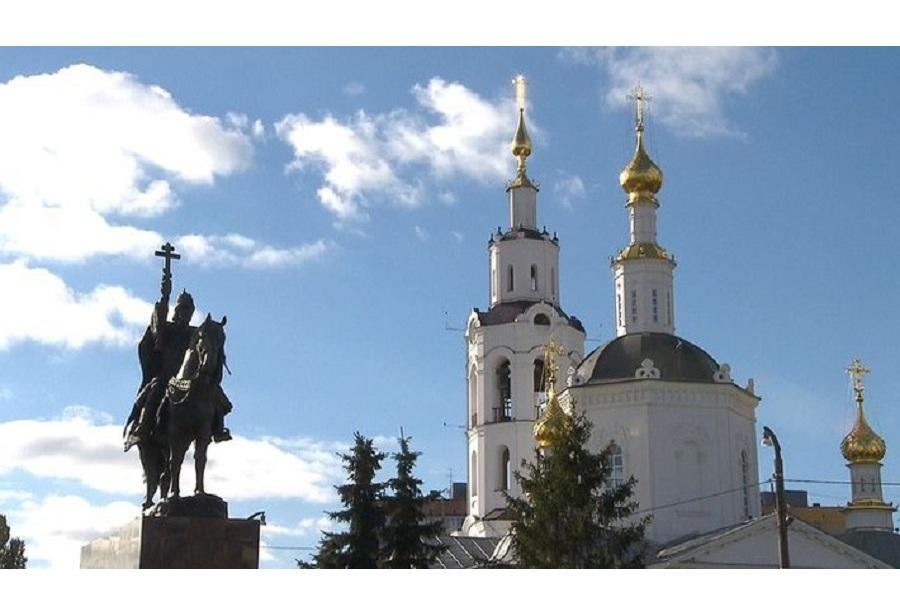 Памятник Ивану Грозному.jpg