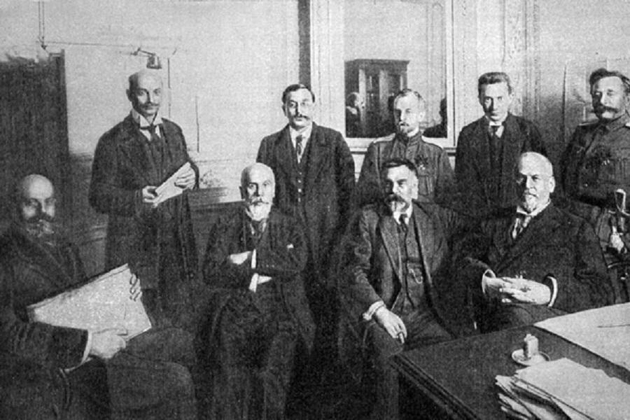 07 Заговорщики белоленточники 1916 плоть от плоти.jpg