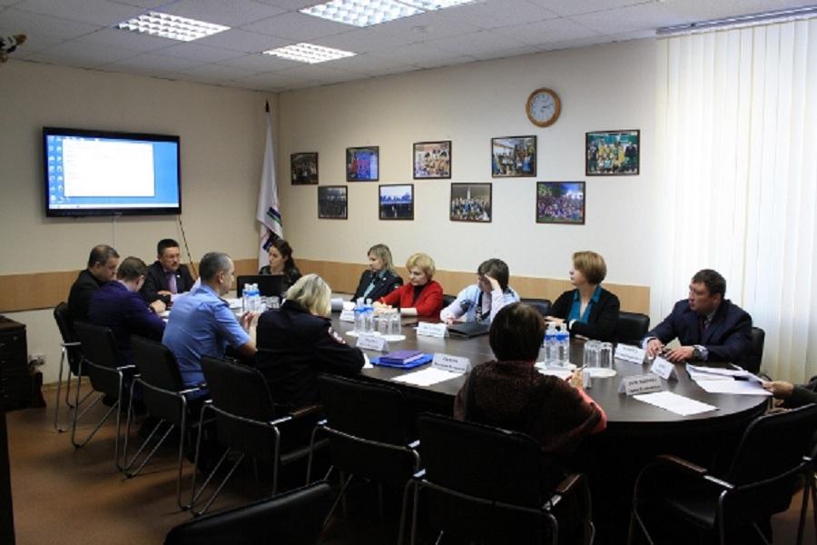 Свердловских общественников не подключили к выполнению поручения президента