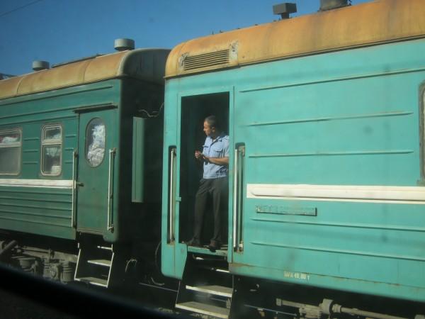 Поезд Москва-Душанбе прибыл в