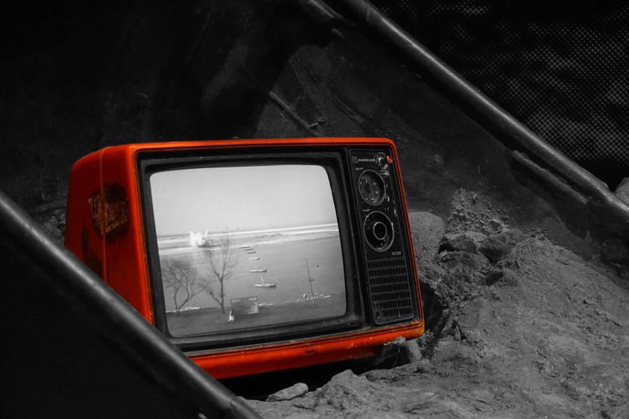 television-899265_960_720
