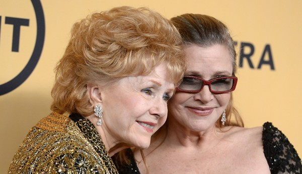 Debbie-Reynolds-Carrie-Fisher-2