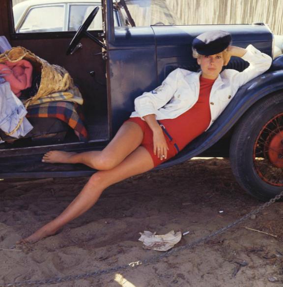 Catherine Deneuve photographed by Milton Greene, 1962 (6)