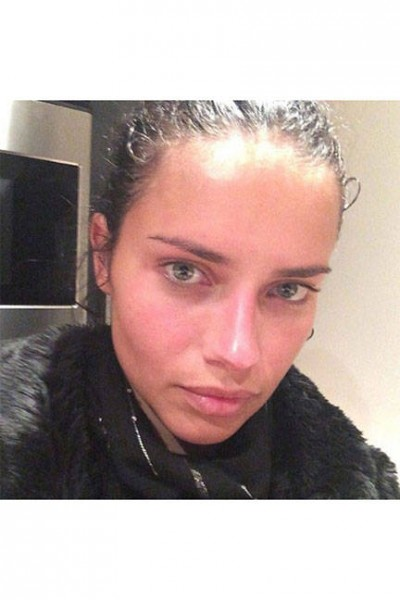 elle-23-celebs-no-makeup-selfies-adrianalima-v-lgn