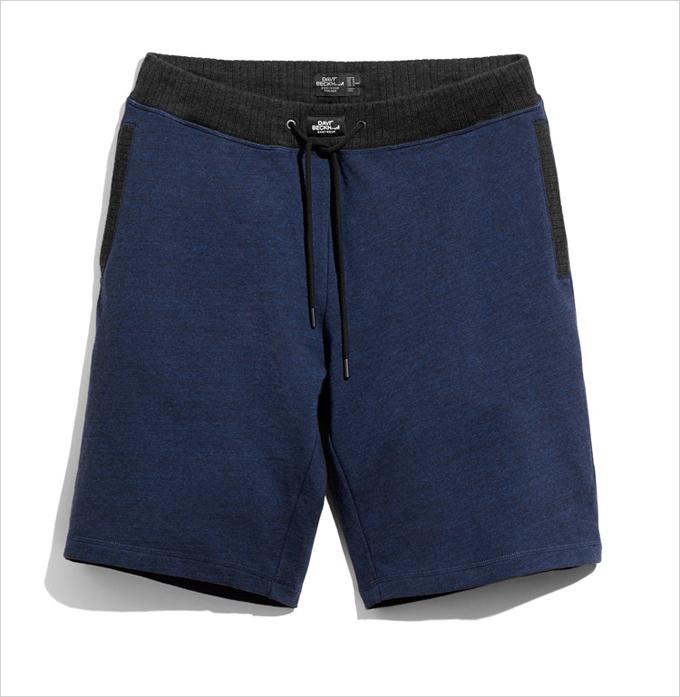 Дэвид Бэкхэм придумал и рекламирует нижнее белье в H&M