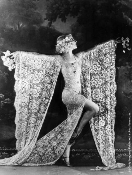 Стандарты красоты: как на самом деле выглядели танцовщицы кабаре начала 20 века