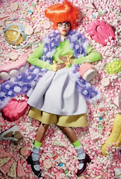 Cara Delevingne утонула в конфетах: Love Magazine Fall/Winter 2014-2015