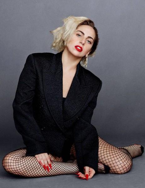 Иконы стиля и красоты в Harper's Bazaar US-09: Unmistakable, Unforgettable, Always in Fashion: Icons