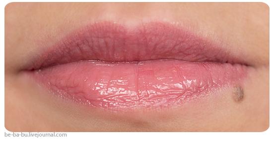 MAC - Блеск для губ Bijou Lipglass. Коллекция Sharon Osbourne Collection. Отзыв, обзор, свотчи. Review. Swatch