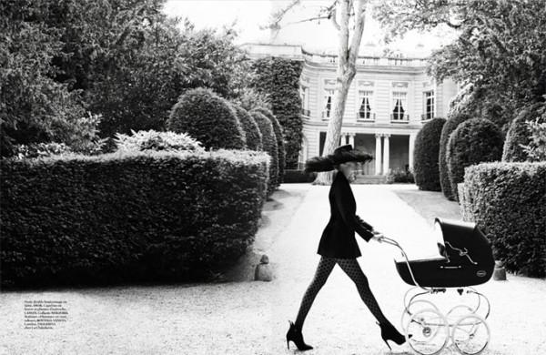Natasha-Poly-Vogue-Paris-Mario-Testino-03