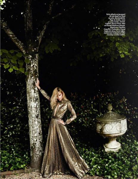Natasha-Poly-Vogue-Paris-Mario-Testino-13
