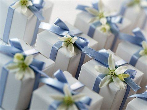 акции шопинг подарки журналы