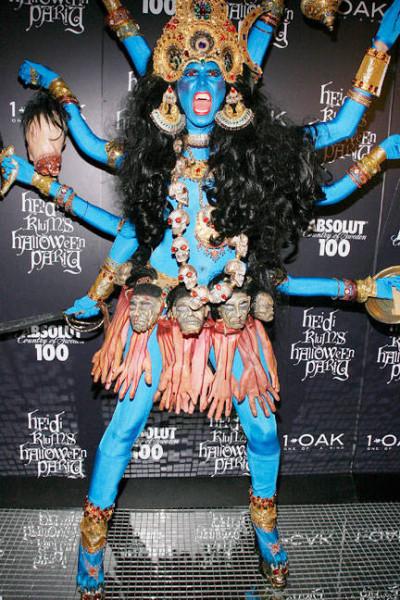 хэллоуин-звезды-костюмы28