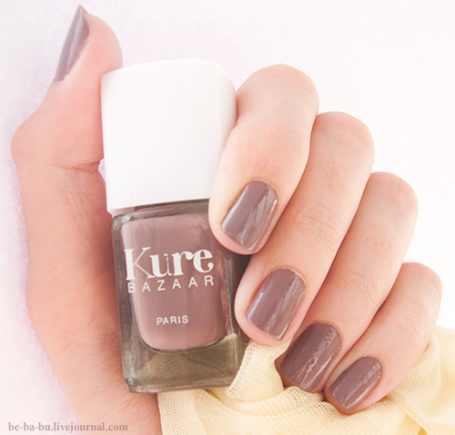 Kure Bazaar Chloe Nail Polish + Base Coat. Отзыв. Фото. Свотчи. Review
