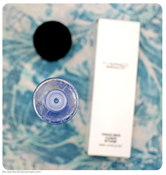 mac-charged-water-cleanser-review3