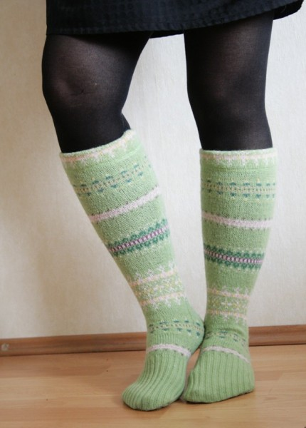 Носки из кофты
