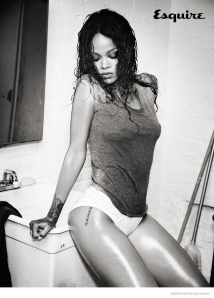 rihanna-esquire-uk-december-2014-photoshoot-03-800x1110