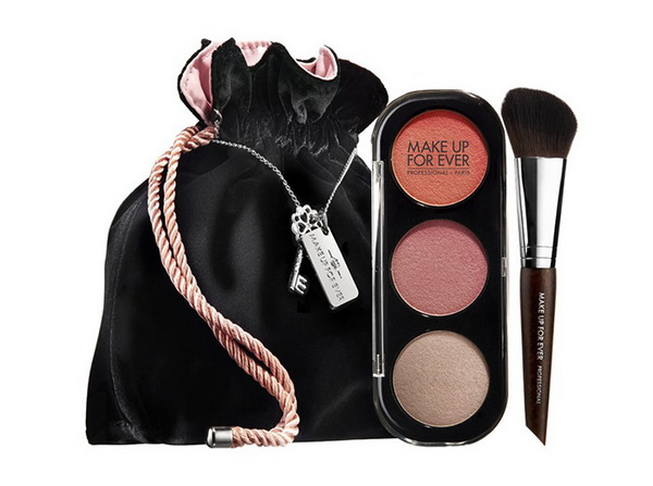 Make-Up-For-Ever-Holiday-2014-2015-Fifty-Shades-of-Grey-Collection-Blush-Trio