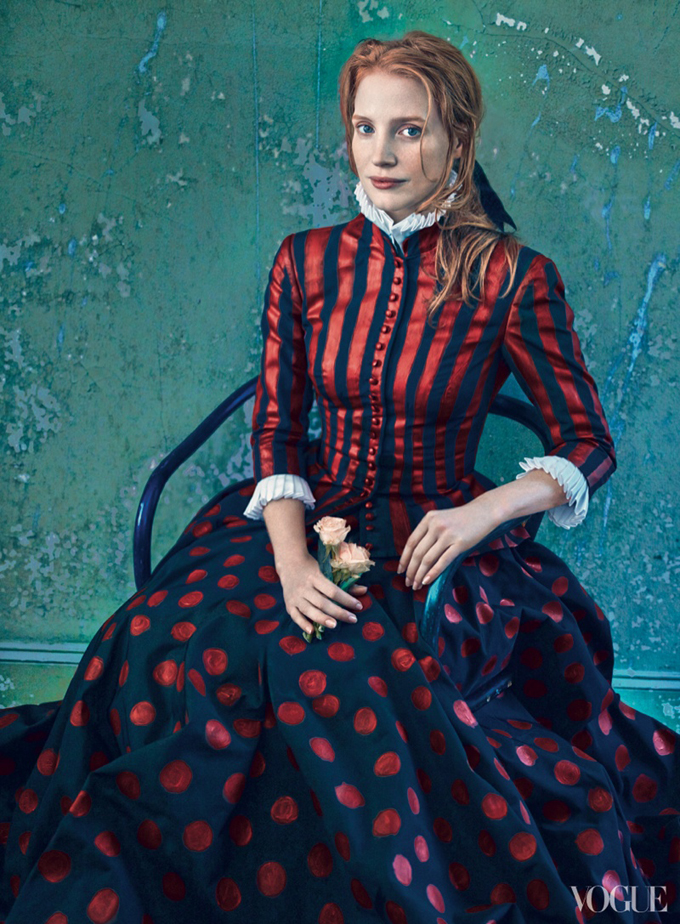 Джессика Честейн в фотосессии Энни Лейбовиц для декабрьского Vogue US