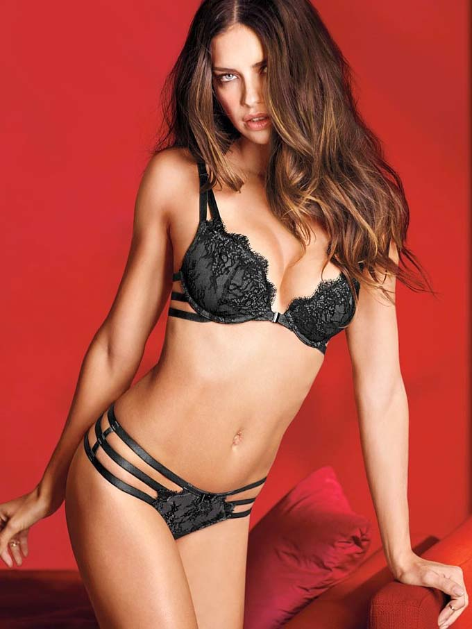 760x1013xvictorias-secret-valentines-day17_jpg_pagespeed_ic_hNvcN1hH-L