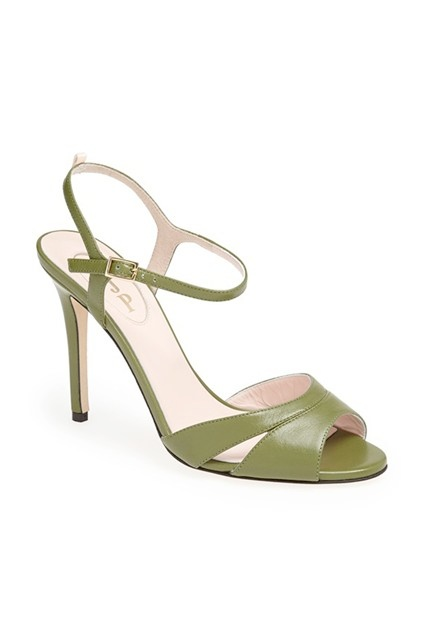 sjp-sarah-jessica-parker-shoe-collection-photos1