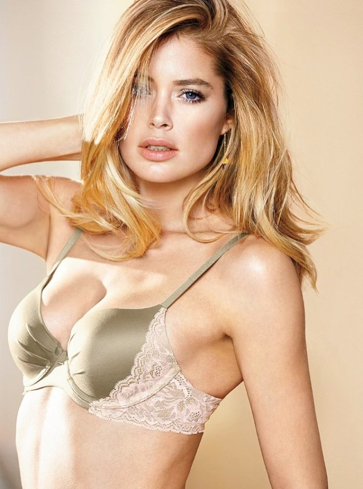 720x970xdoutzen-vs-lingerie1.jpg.pagespeed.ic.GiB50eMTqm
