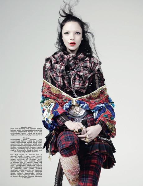 mariacarla-boscono-by-willy-vanderperre-for-dazed-magazine-spring-summer-2014-11