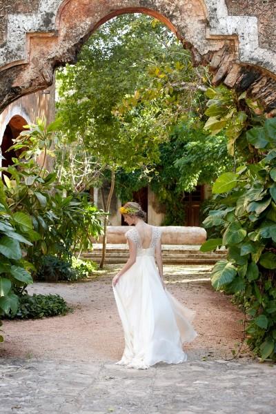 bhldn-summer-2014-wedding-dresses10