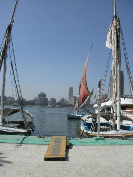 Felucca setting sail
