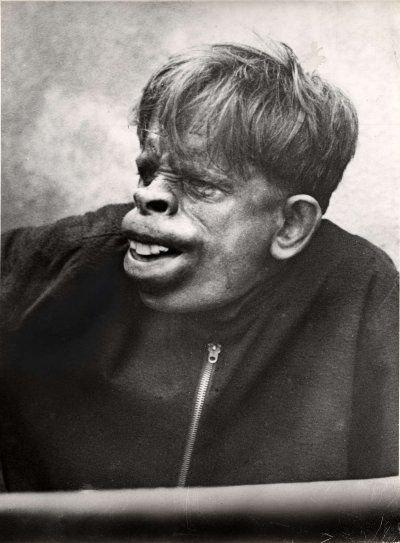 Человек-обезьяна, найденный в джунглях Бразилии в 1937 году2