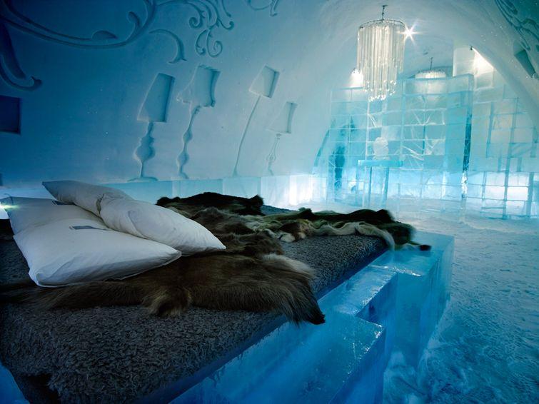 Самый большой ледяной отель в мире