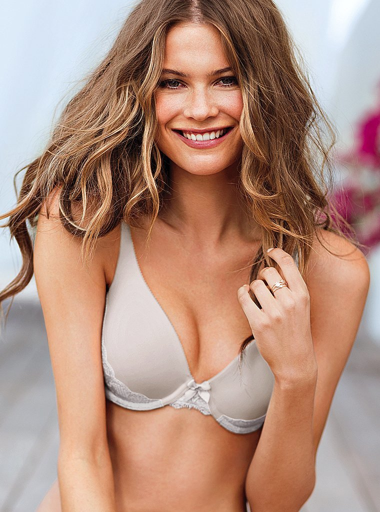 behati-prinsloo---victorias-secret---june-2013--02_Starbeat.ru