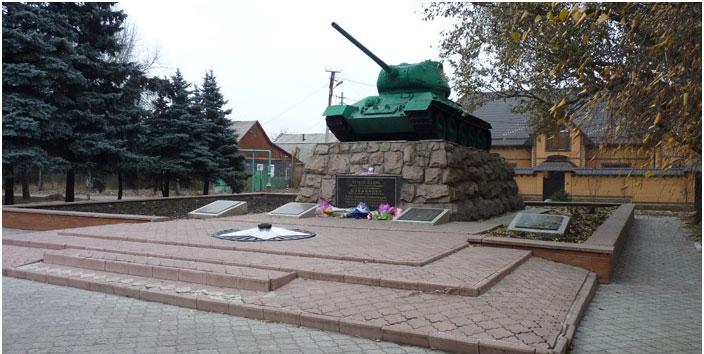 mass_grave_tank_t_34_85_01