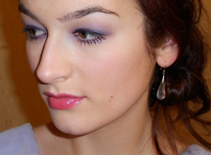 Burberry beauty sheer eye shadow №13 Lavender Blue (photos, swatches, look, make up)